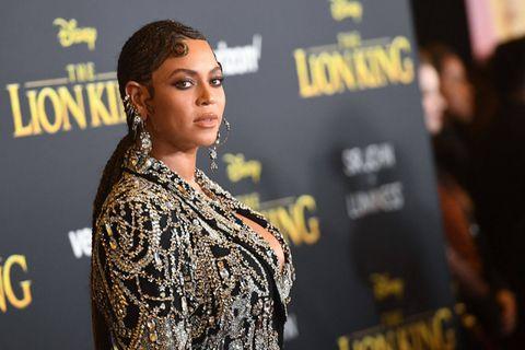 Beyoncé s'affiche avec le diamant jaune le plus célèbre et exclusif du monde