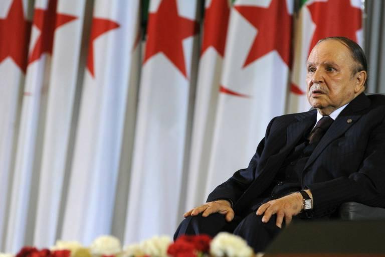 Édito: en Algérie, une révolution au ralenti