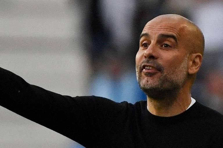 """Guardiola coupe court aux rumeurs envoyant Messi à Manchester City: """"Il ne fait pas partie de nos plans"""""""