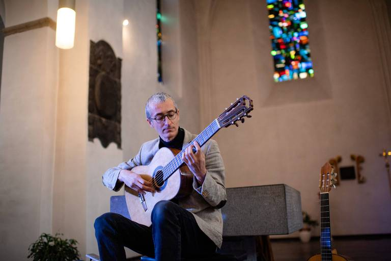Pas de poursuites contre Quentin Dujardin après ses concerts illégaux