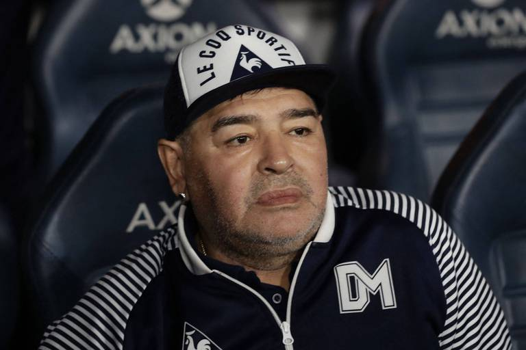 Mort de Maradona: l'équipe soignante accusée d'homicide involontaire avec circonstances aggravantes