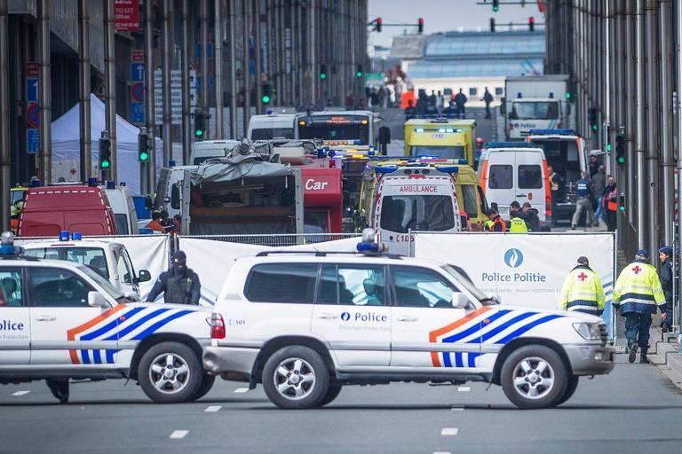 Attentats à Bruxelles: les procédures contre l'État belge et la Stib traitées en octobre