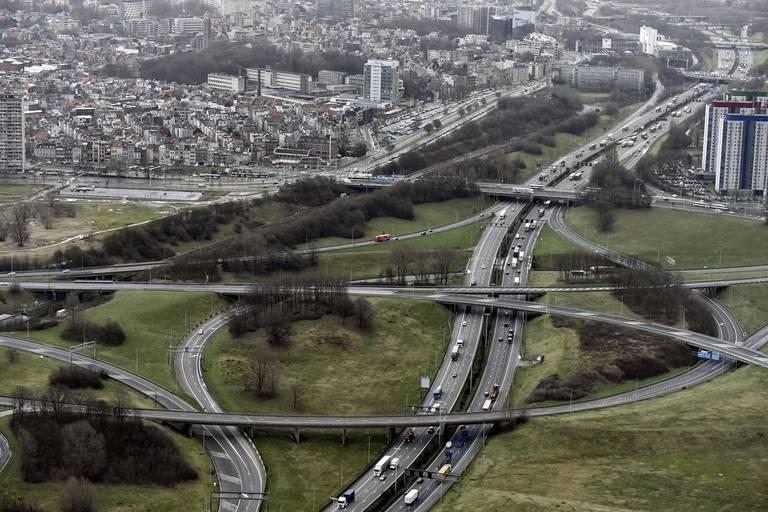 Un camion transportant des migrants percuté par un autre poids lourd sur le ring d'Anvers