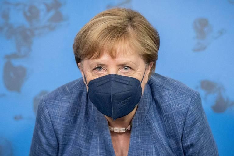"""Merkel se positionne sur la vaccination obligatoire : """"Nous n'avons pas l'intention de suivre la voie que la France vient de proposer"""""""