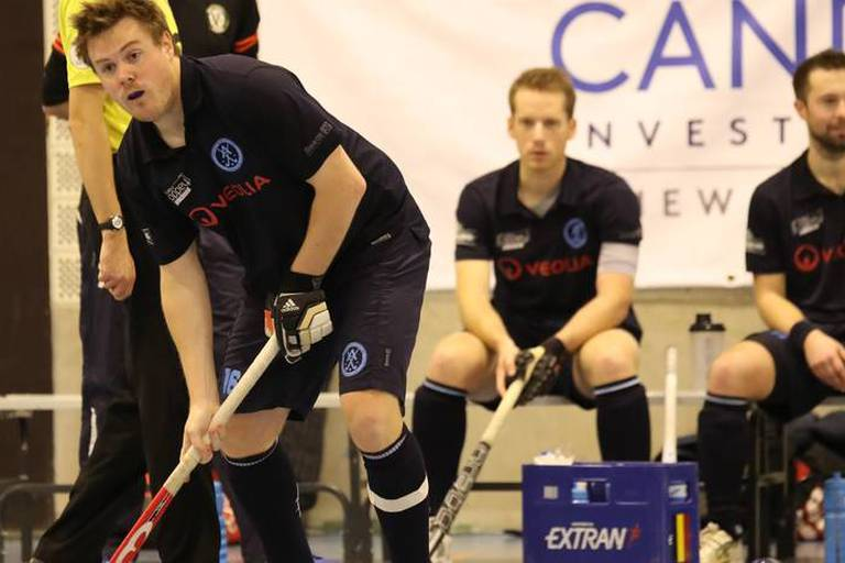 Hockey en salle: Le Racing se rapproche de la première place