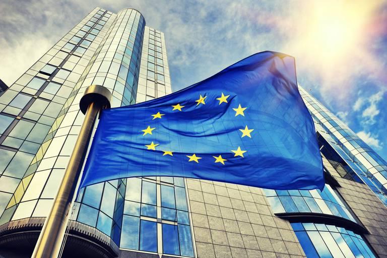 L'UE assouplit la délivrance des cartes bleues pour migrants qualifiés