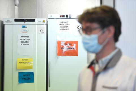 Panne d'électricité à Gand: les 20.000 vaccins mal conservés pourront finalement être administrés