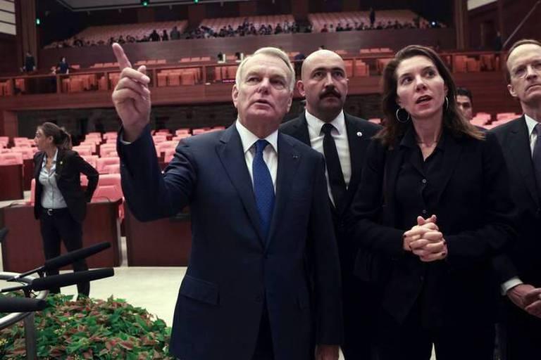 """En Turquie, Jean-Marc Ayrault souligne l'attachement de la France """"aux libertés fondamentales"""""""