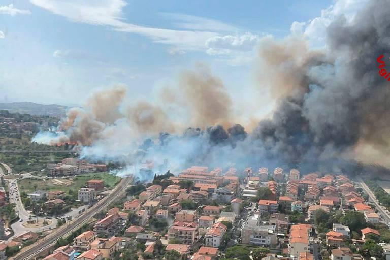 De nombreux belges font face aux incendies en Turquie et en Grèce