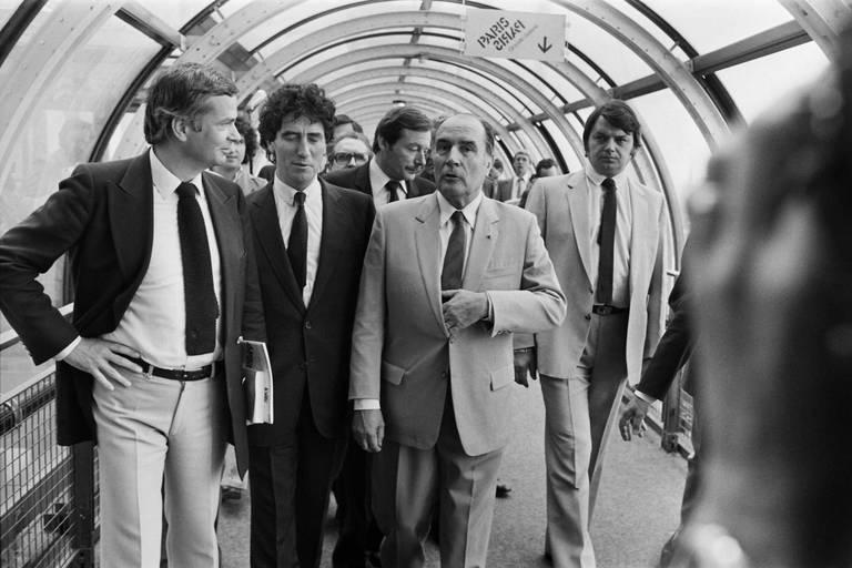 La politique culturelle de Jack Lang et Mitterrand à la loupe