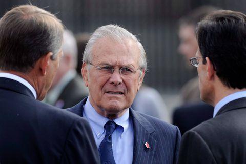 Donald Rumsfeld, ancien faucon et chef du Pentagone sous G.W. Bush, est mort