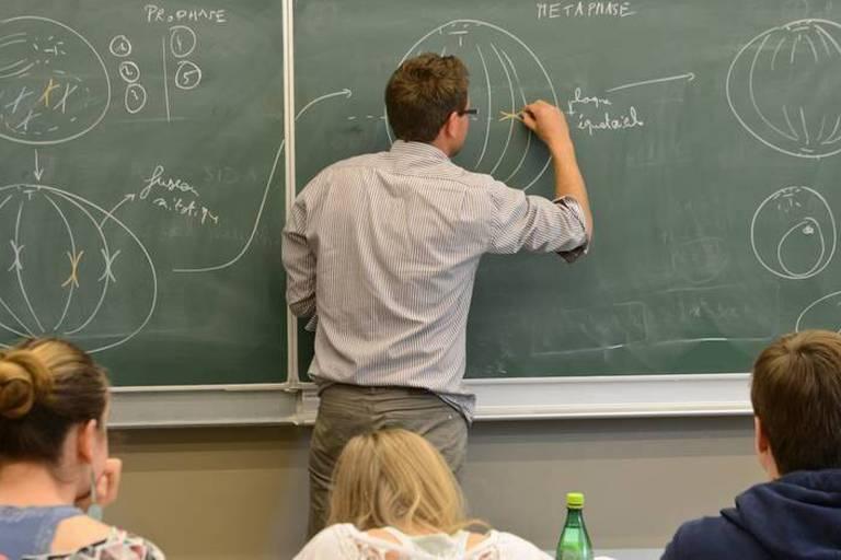 Les lundis de l'enseignement: Pourquoi un cours risque de disparaître