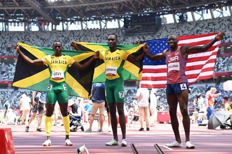 Le Jamaïcain Hansle Parchment champion olympique du 110 mètres haies