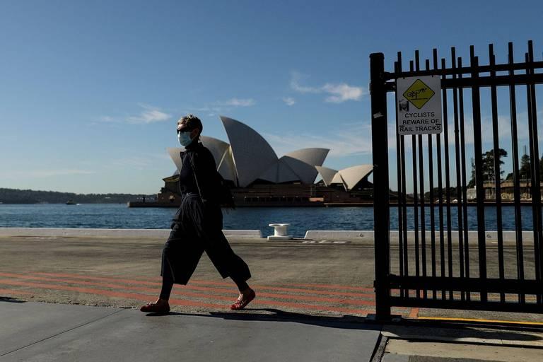 Coronavirus dans le monde : confinement prolongé à Sydney, nouveau record de décès en Russie