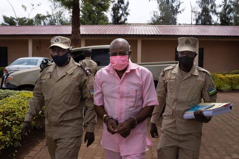 "Rwanda: verdict reporté dans le procès contre Paul Rusesabagina, le héros de ""Hotel Rwanda"""