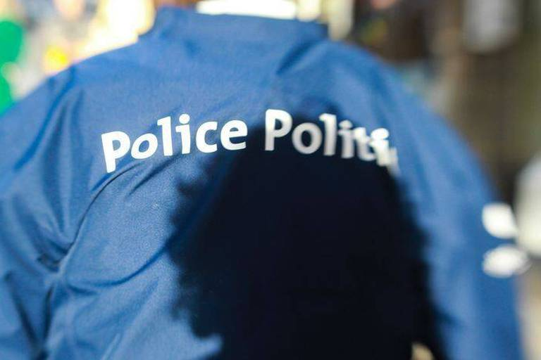 Décès dans une cellule de police: pas d'intervention d'un tiers, indique l'autopsie
