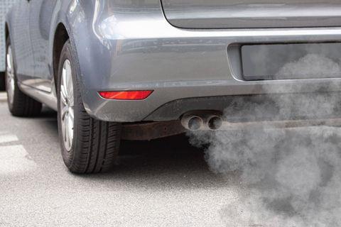 D'aucuns voudraient aussi une date claire pour la fin de la commercialisation des voitures thermiques. L'année 2035 est même évoquée.