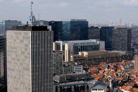 Les syndicats mènent une action devant le siège d'IBM à Bruxelles