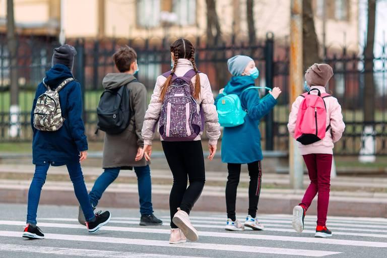 Les cartables sont presque prêts. Dans quelques heures, tous les élèves du maternel au secondaire reprendront le chemin des classes.