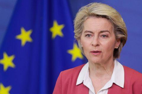 """Von der Leyen presse les États-Unis de lever les restrictions de voyage pour les Européens: """"La situation ne peut plus traîner pendant des semaines"""""""