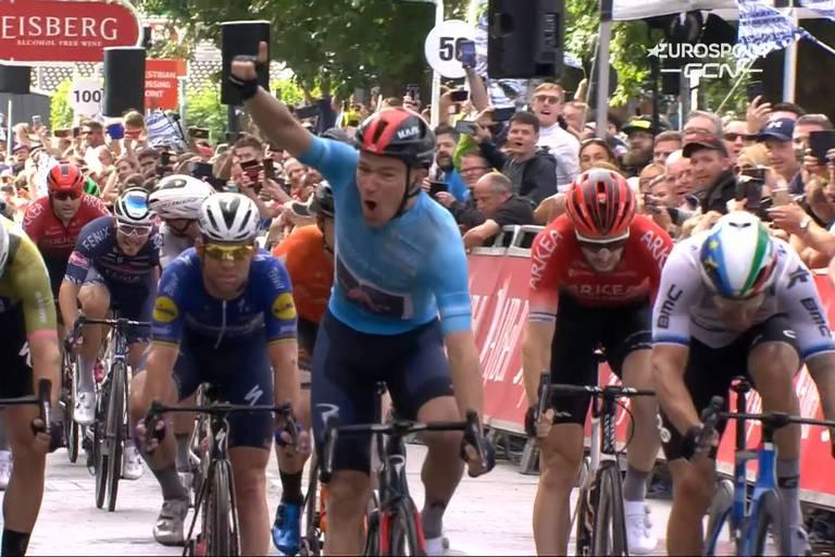 Hayter remporte la 5e étape du Tour de Grande-Bretagne et prend le maillot de leader à Van Aert