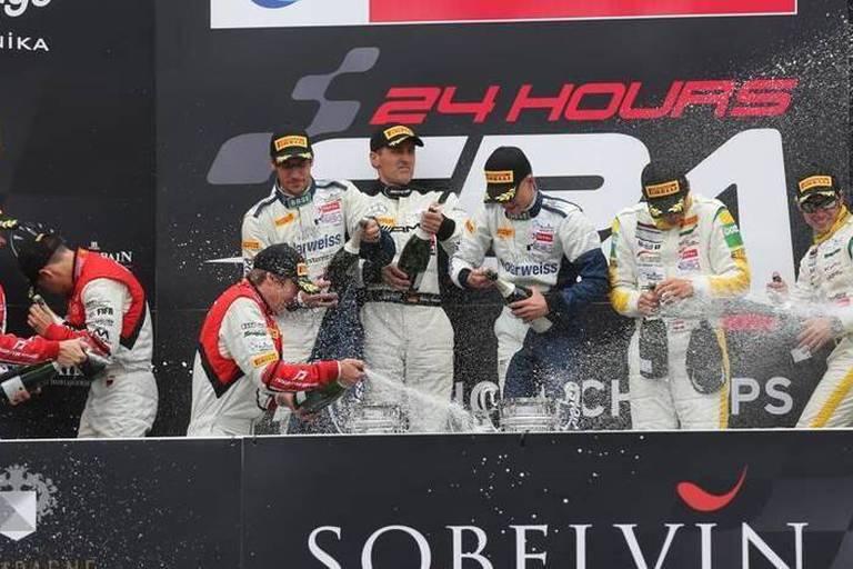 Mercedes renoue avec le succès aux 24 Heures de Spa