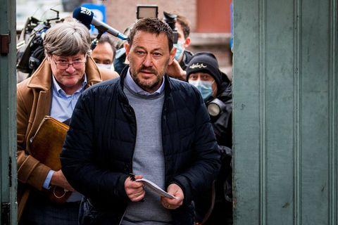 La justice malinoise examinera les 13 et 14octobre l'affaire concernant le producteur de télévision Bart De Pauw, accusé de harcèlement par neuf femmes.