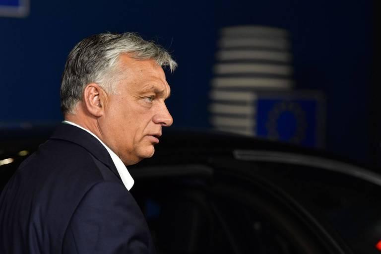 Victor Orban s'en prend à Mark Rutte et se dit prêt à rester une semaine à Bruxelles