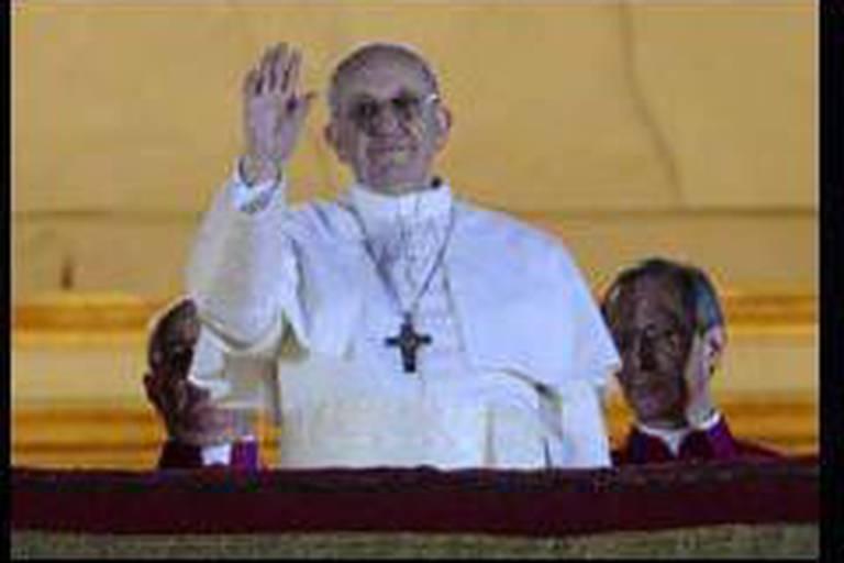 """Bergoglio n'aime pas voyager"""