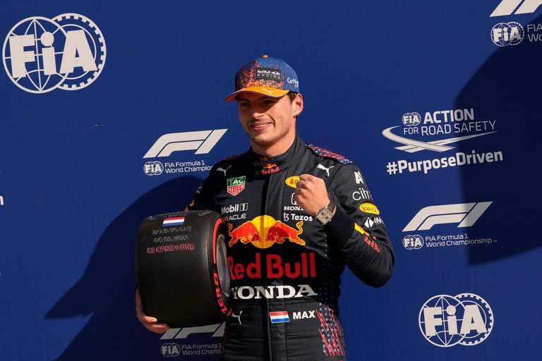 Verstappen en pole position à domicile aux Pays-Bas
