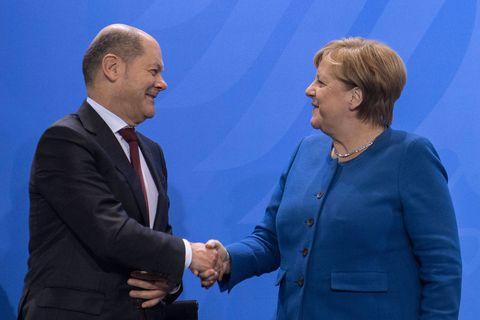 """Un """"héritier"""" social-démocrate ? Merkel se distancie de Scholz: """"Il y a une énorme différence pour l'avenir de l'Allemagne entre lui et moi"""""""