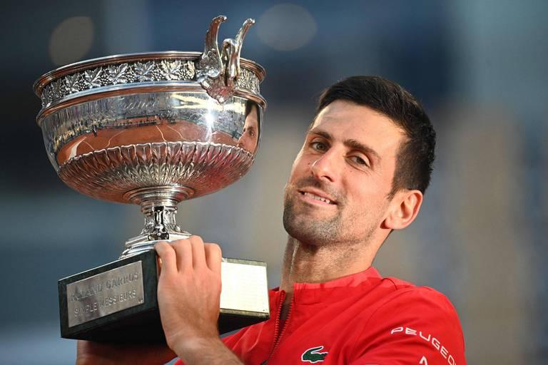 """Novak Djokovic explique la clé de sa remontada en finale de Roland-Garros: """"J'ai eu une conversation avec moi même"""""""