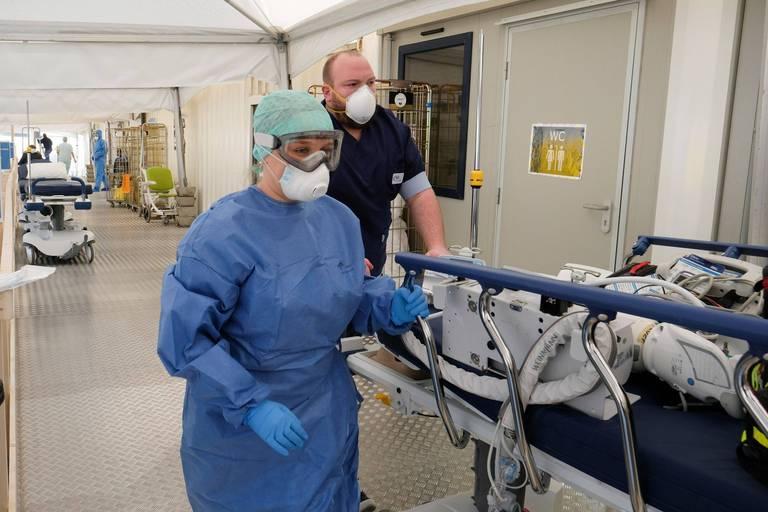 Coronavirus: les soins reportés dans les hôpitaux ne seront pas rattrapés avant l'été 2022