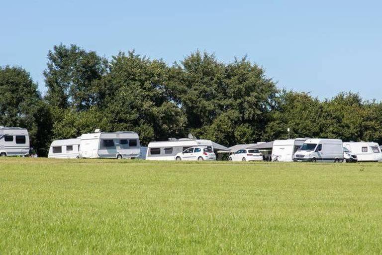 Saisie des caravanes des gens du voyage: une situation critique pour les familles
