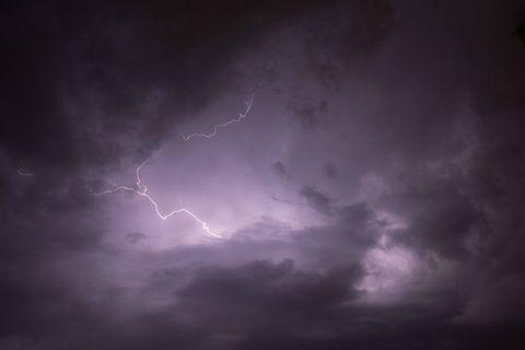 Météo: les orages arrivent, des averses intenses sont prévues sur toute la Belgique
