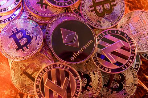 La semaine dernière, le gouverneur de la Banque centrale de Suède, Stefan Ingves, a comparé les investisseurs en bitcoins aux collectionneurs de timbres.