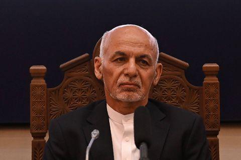 Le président afghan Ashraf Ghani a été localisé et s'exprime pour la première fois depuis sa fuite
