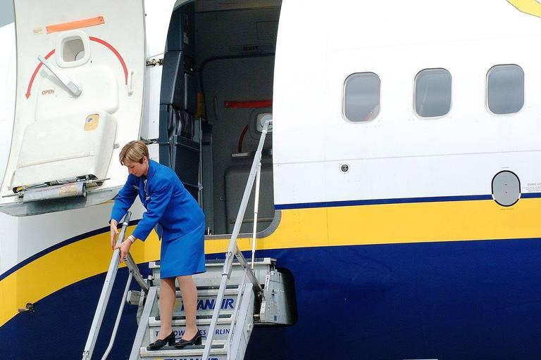"""La révolte sourde des hôtesses et stewards de Ryanair : """"Nous n'avons plus peur et on ira jusqu'au bout"""""""