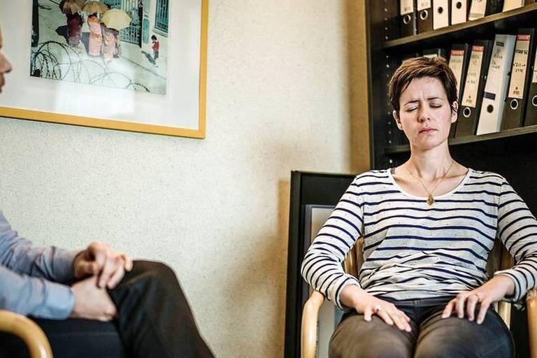 Hypnose avec David Oger en Oncologie Cliniques Saint Luc ATTENTION UTLISABLE UNIQUEMENT POUR ARTICLE DE L DARDENNE LIBRE BELGIQUE