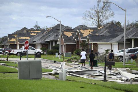 """Ouragan Ida: il faudra """"plusieurs jours"""" pour évaluer les dégâts en Louisiane"""