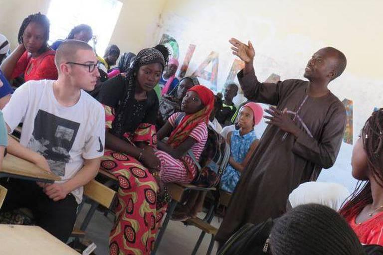Éduquer à la citoyenneté mondiale et solidaire par l'immersion culturelle et l'échange authentique