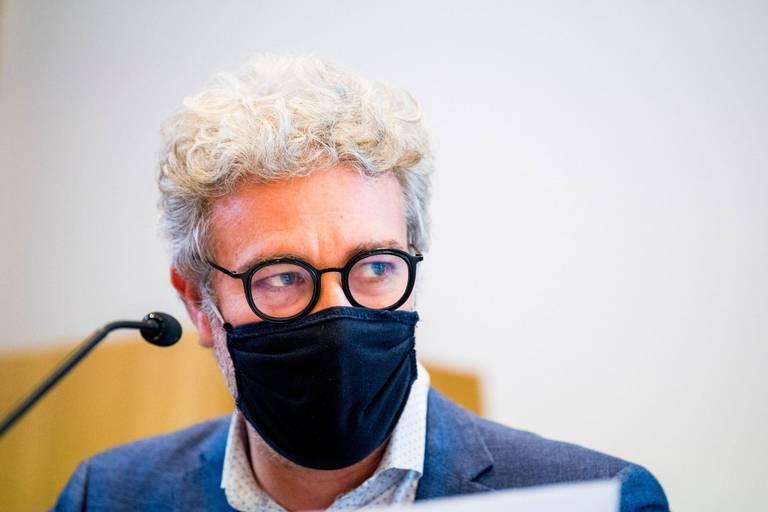 Testing au collège Saint-Michel: Alain Maron réagit aux accusations