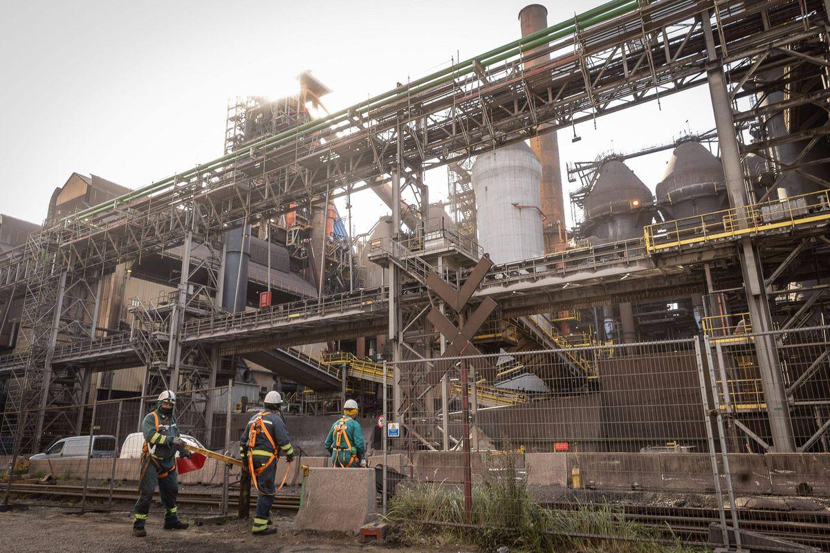 Un médiateur social chez ArcelorMittal Gand pour écarter la menace de grève