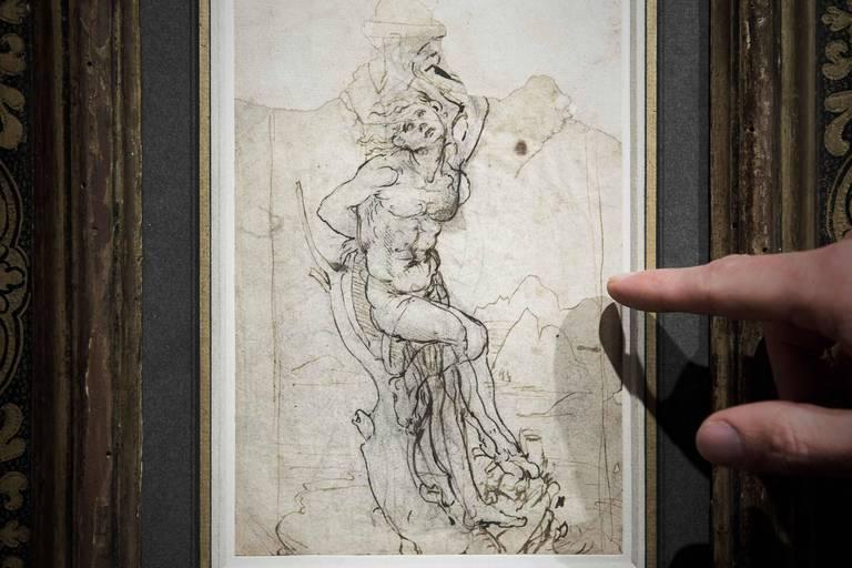Pas plus grand qu'un mouchoir de poche, mais qui vaut des millions: bataille autour de la vente d'un dessin de Léonard de Vinci