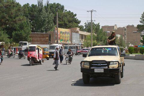 Afghanistan: les talibans prennent Mazar, dernière grande ville du nord encore contrôlée par le gouvernement