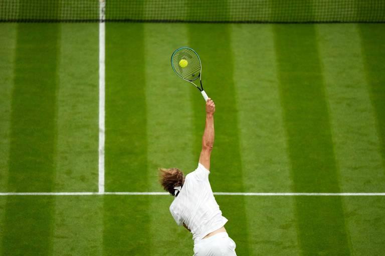 Wimbledon : Alexander Zverev se qualifie pour le deuxième tour