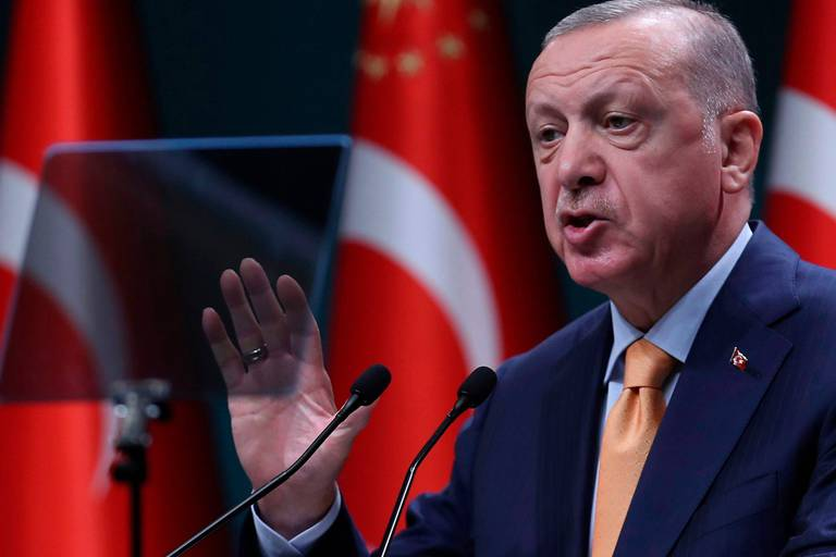 """Méditerranée: la Turquie donnera à la Grèce """"la réponse qu'elle mérite"""""""