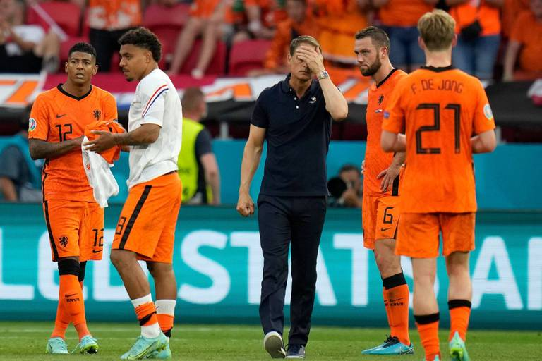 """Frank de Boer """"responsable"""" de l'élimination des Pays-Bas"""
