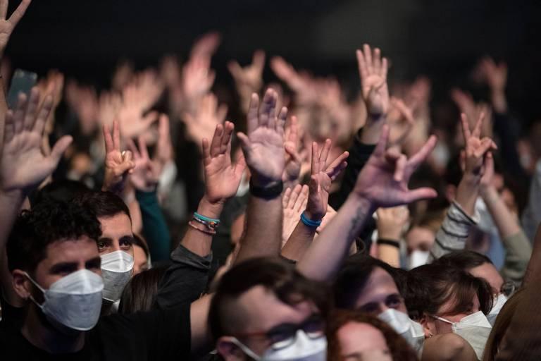 """Les concerts-tests reportés, une gifle pour la culture : """"Qu'est-ce qu'on attend? C'est une course contre la montre"""""""