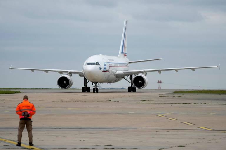 Les évacuations se poursuivent à l'aéroport de Kaboul : arrivée des premiers Afghans évacués par la France
